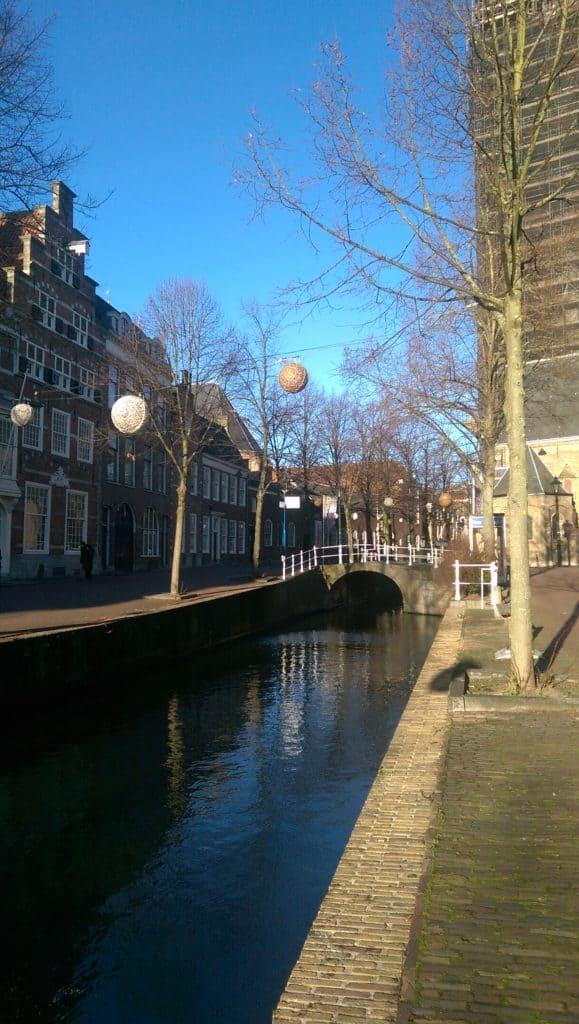 De mooie binnenstad van Delft - Happy Hikers