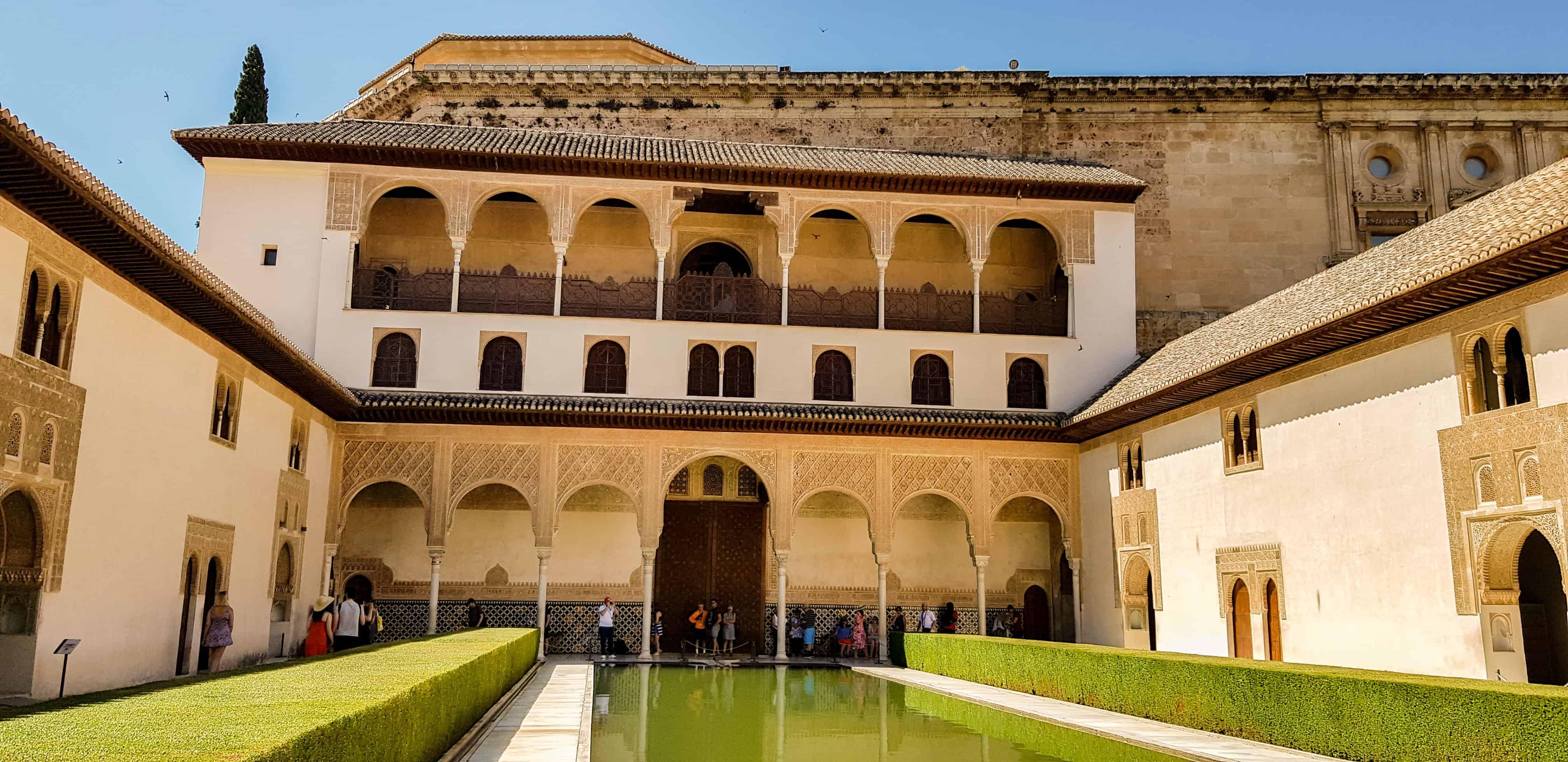 Paleis Alhambra Granada - HappyHikers