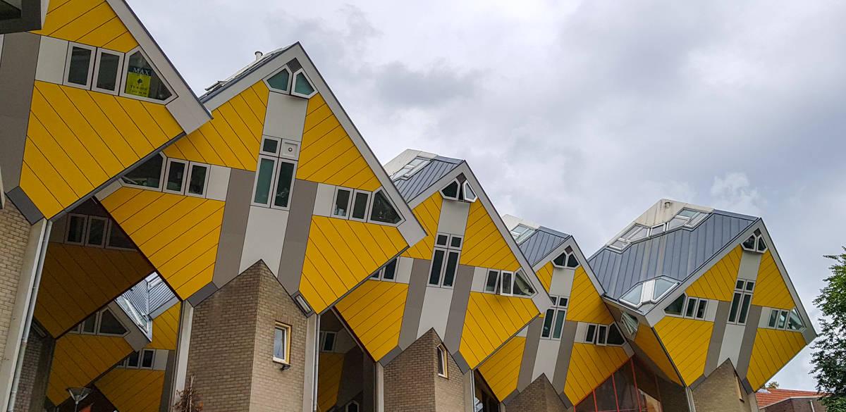 Kubuswoningen - Stadswandeling Rotterdam - HappyHikers
