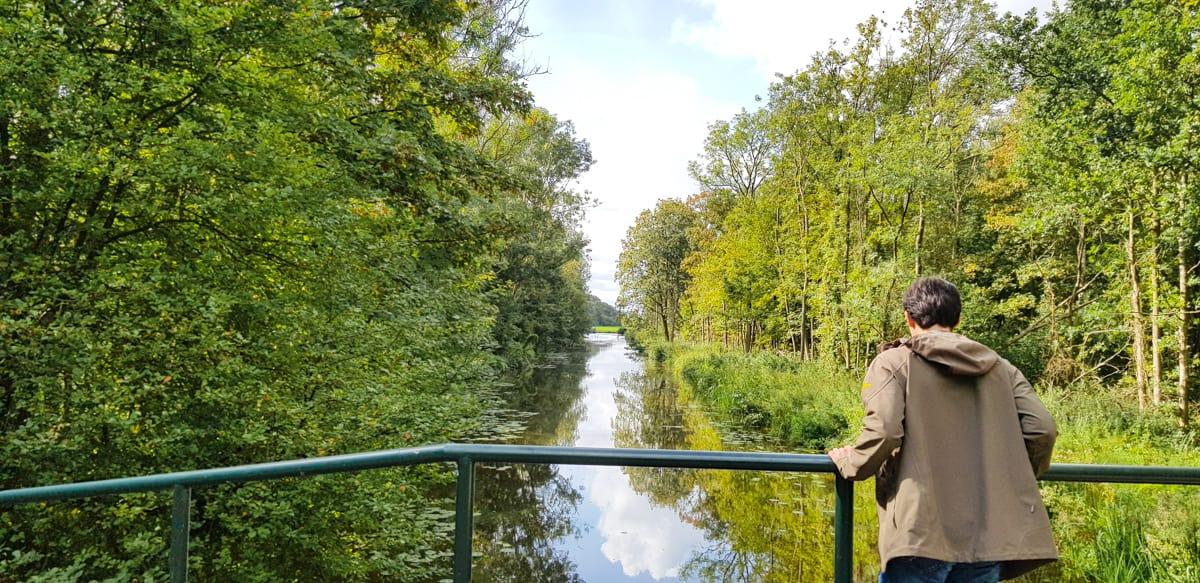 Mooi uitzicht vanaf een brug - de Horsten - HappyHikers