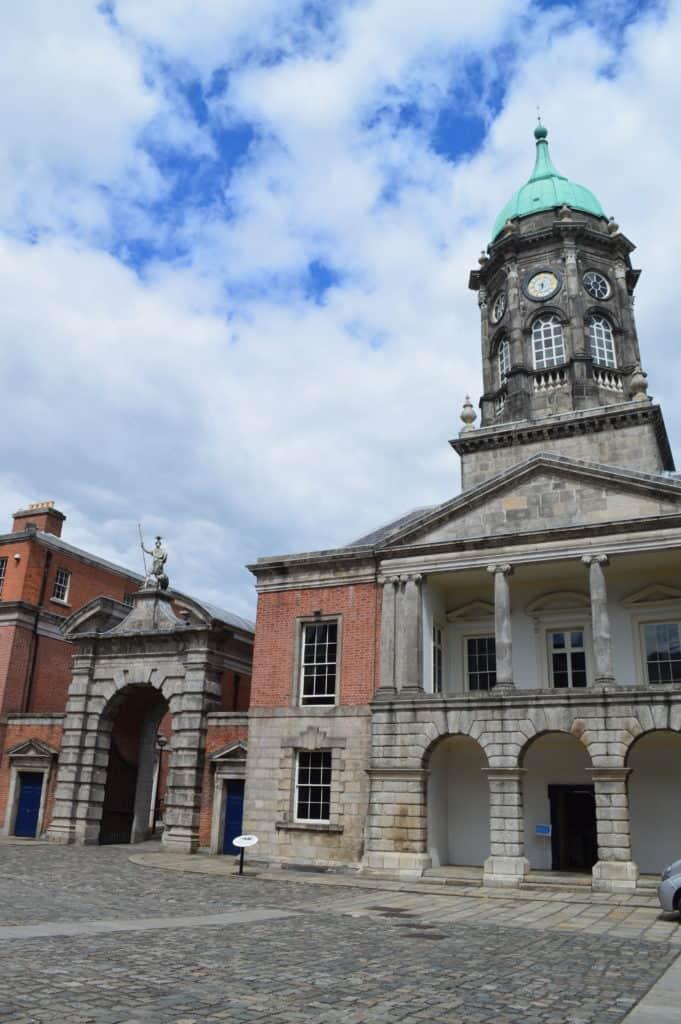 HappyHikers - Stadhuis bij Dublin Castle
